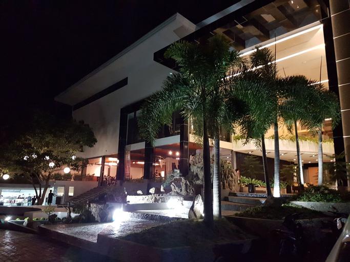 MelSol Hotel, Bantay