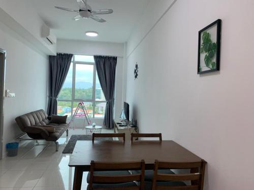 FLYPOD - Blue Sky Apartment 4-5pax , Sutera Avenue, Kota Kinabalu