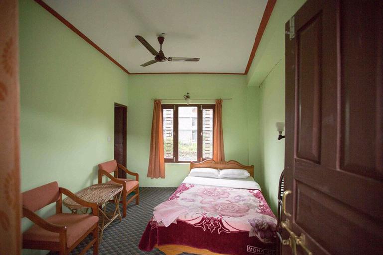 Holy Lodge, Gandaki