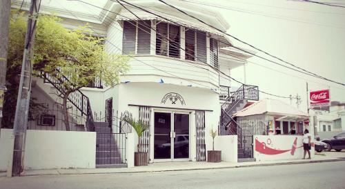 Caribbean Palms Inn,