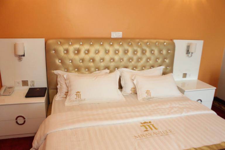Mbayaville Hotel, Wouri