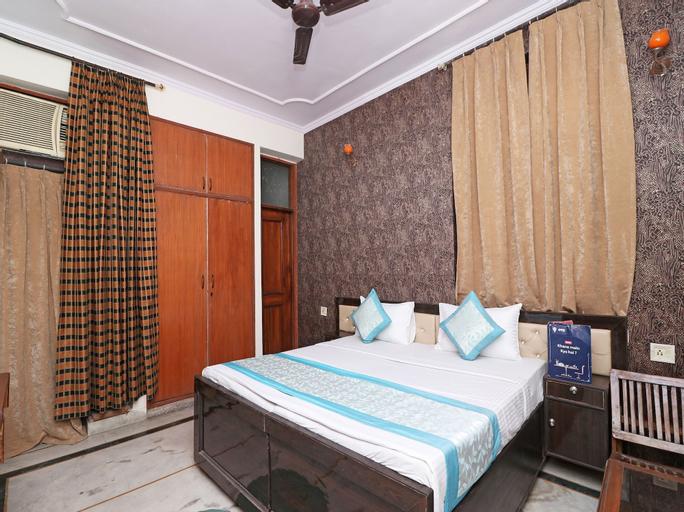 OYO 11370 hari villa, Gautam Buddha Nagar