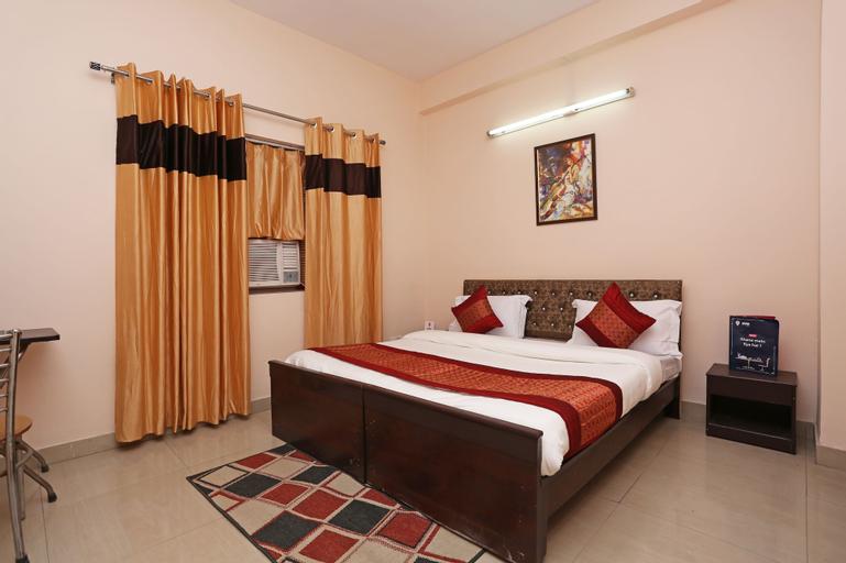 OYO 8907 The Nest, Gautam Buddha Nagar
