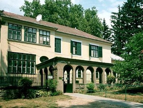 Mater Salvatoris House, Gödöllő