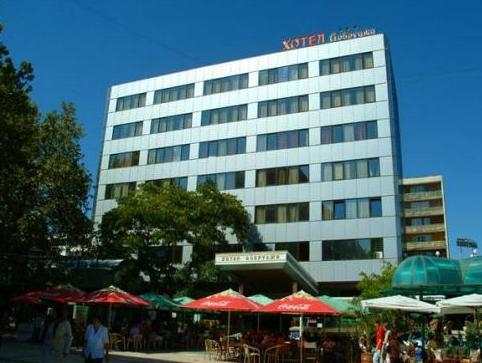 Hotel Dobrudja, Dobrich-selska