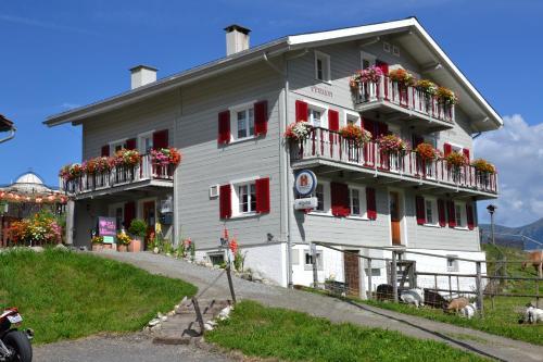 Gasthaus Alpina, Hinterrhein
