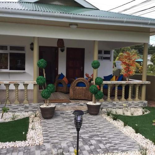 Leo's Petit Villa Annex,