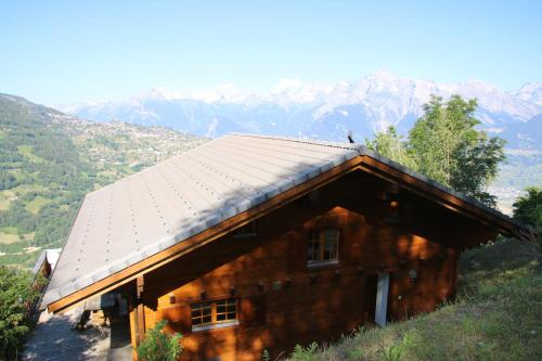 Aeolus MOUNTAIN & QUIET chalet 12 pers, Sion