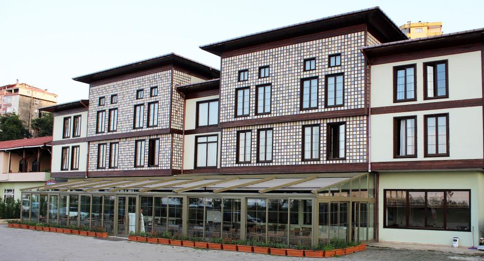 Deniz Konak Otel, Pazar
