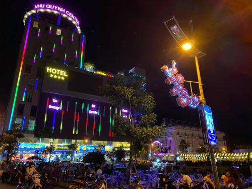 Khach san Phuong Anh, Văn Lâm