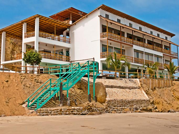 Punta Pico, Contralmirante Villar