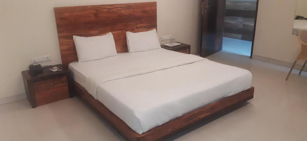 Hotel Sai Comforts, Palghar