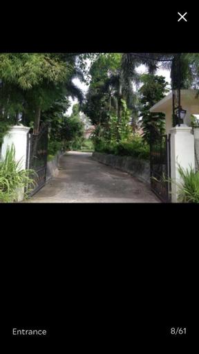 The Garden Family Guest House, Bogor