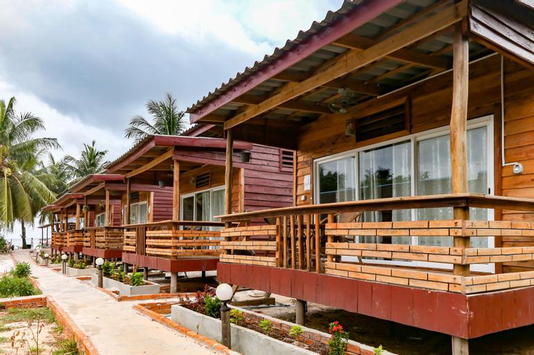 Smile Resort, Botum Sakor