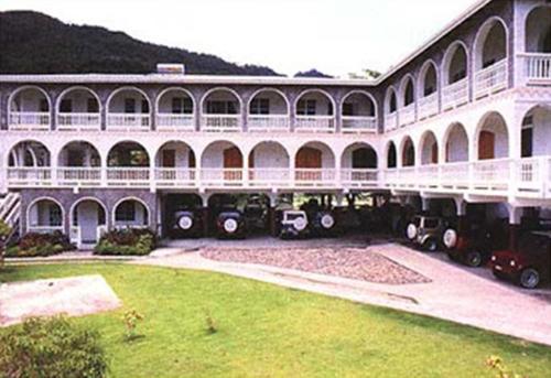 Leisure Inn,