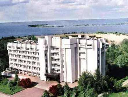Dnepr Hotel, Cherkas'ka
