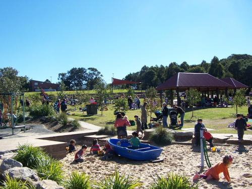 Family-friendly hideaway in quiet suburb, Ryde