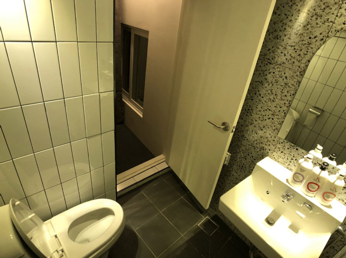 DMYK Hotel, Jongro