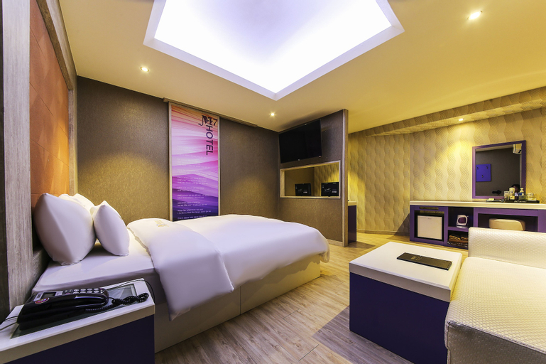 M7 Hotel, Yeongdeungpo