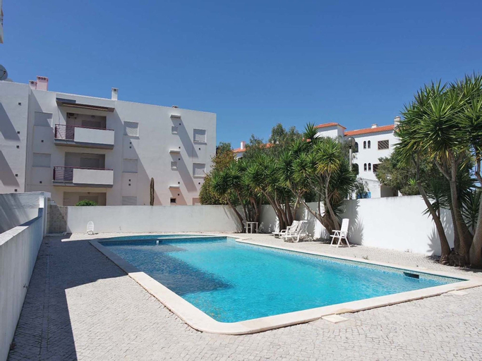 A10 Windmill 1 Bed with Pool by Dreamalgarve, Lagos