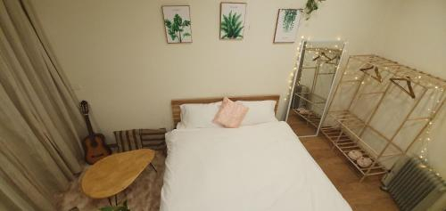 Cozy house, westlake view, 1bed, 1bath, shared kitchen and lounge. balcony, Tây Hồ
