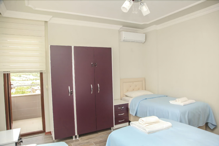Royal Inn Seza Residence, Yomra