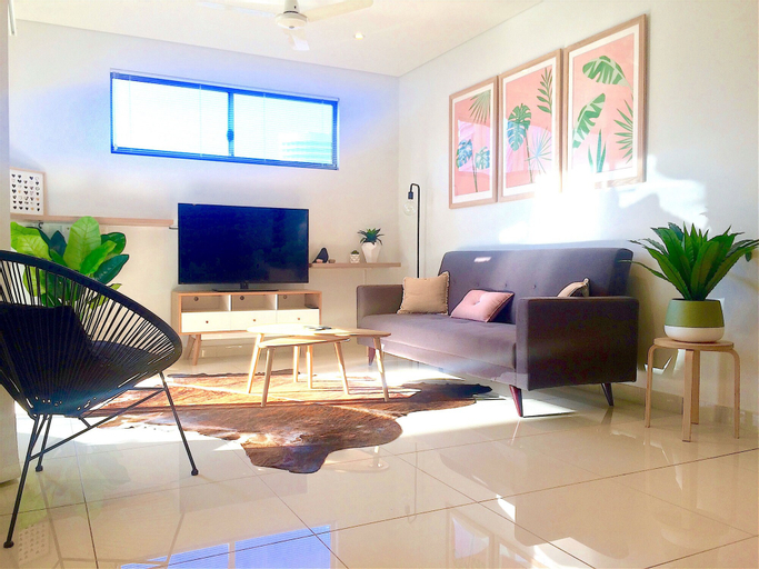 Darwin City Chic Apartment at the KUBE, City - Inner
