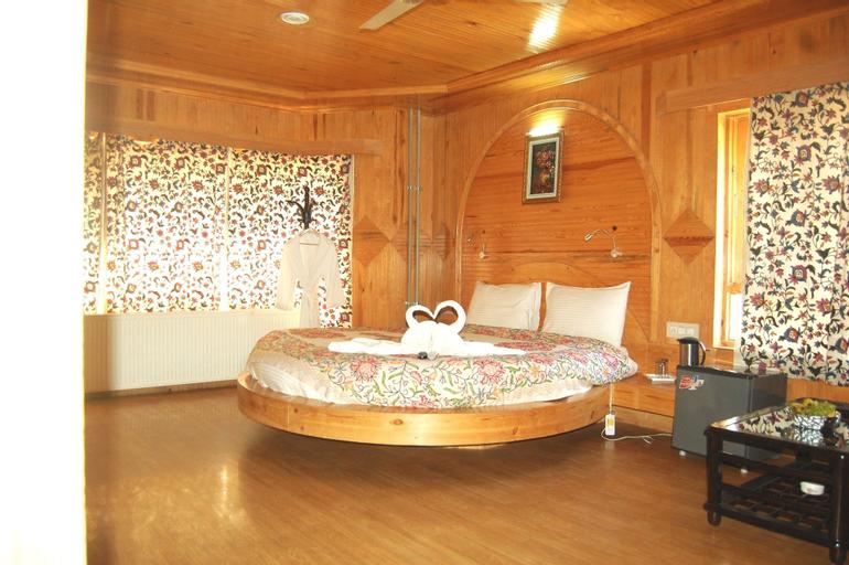 Paradise Inn, Anantnag