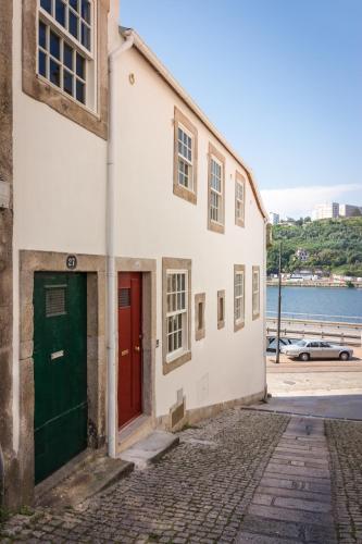 Douro River Studios, Porto