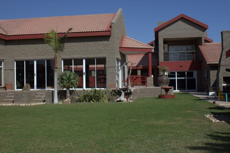 Amjicaja Guesthouse, Walvisbay Urban