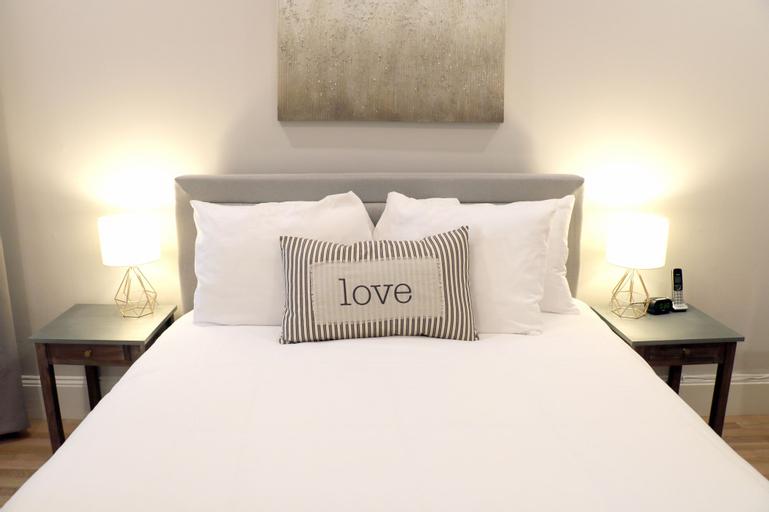 Marvelous Two Bedroom Suite, Suffolk