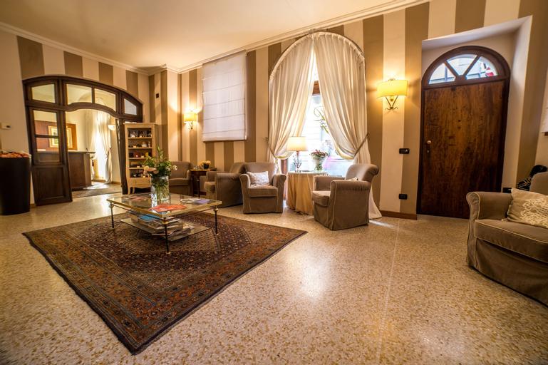 Palazzo Finati, Cuneo