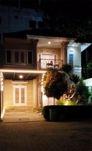 Villa Chatarina, Malang