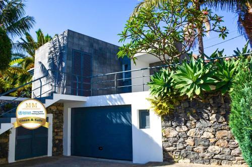 Villa Agua De Mel - by MHM, Funchal