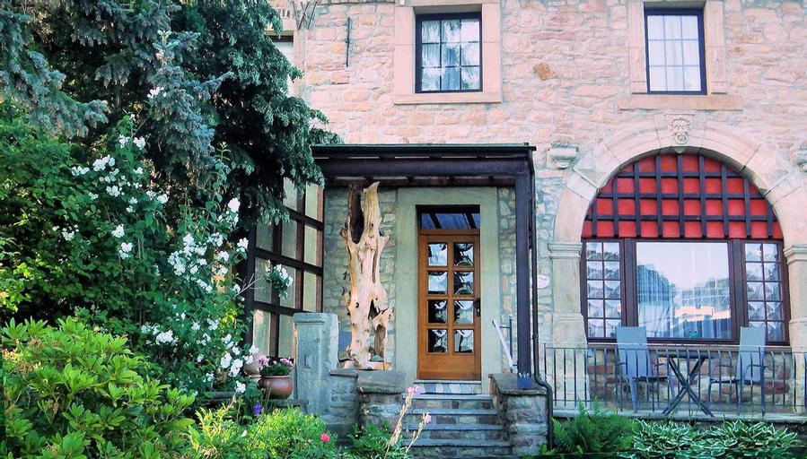 Gästehaus Burg Molbach, Düren