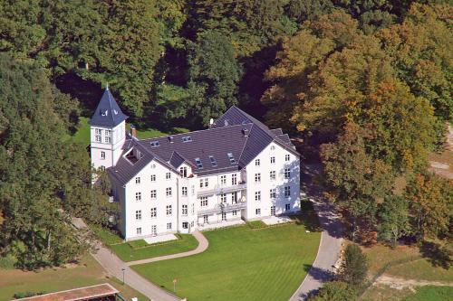 Schloss Hohen Niendorf, Rostock