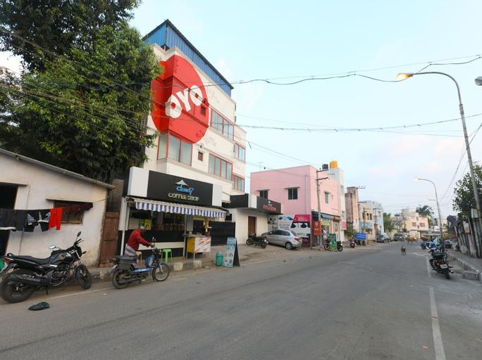 OYO 5328 Cloud 7 Serviced Apartements, Kancheepuram