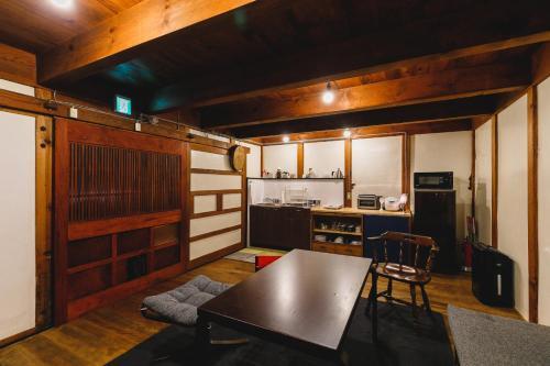 Thank you Hippopotamus 2 -private house KURA-, Matsumoto