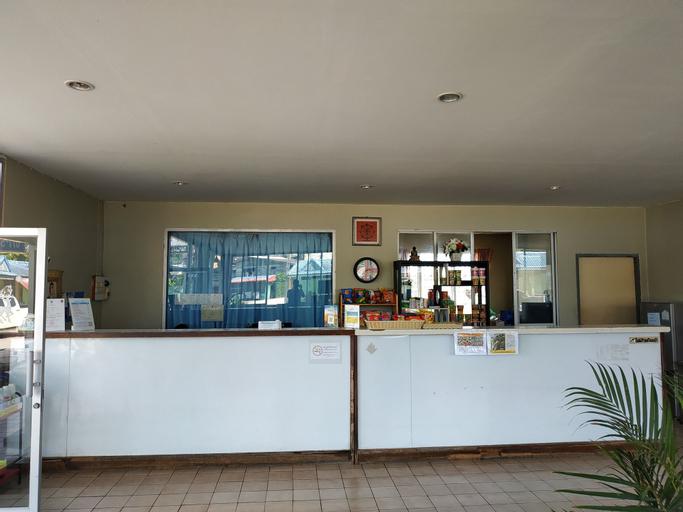 Thawat Hotel, Lang Suan