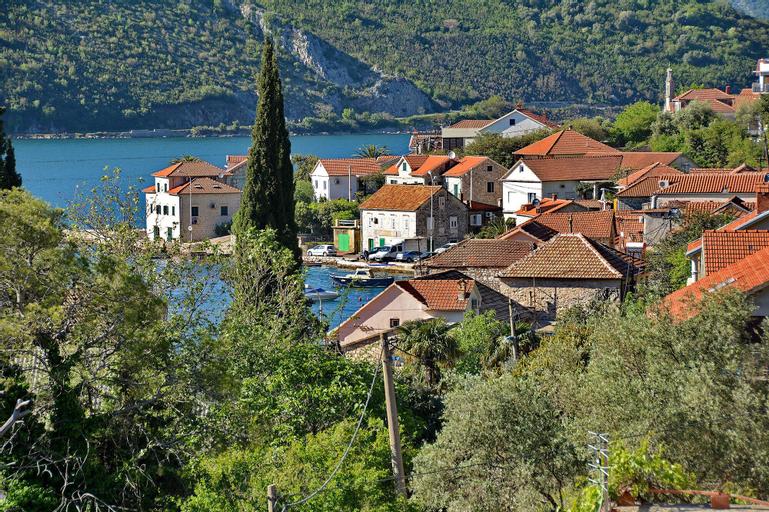 Apartments Dinko Zifra,