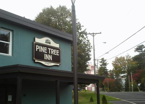 Pine Tree Inn, Penobscot