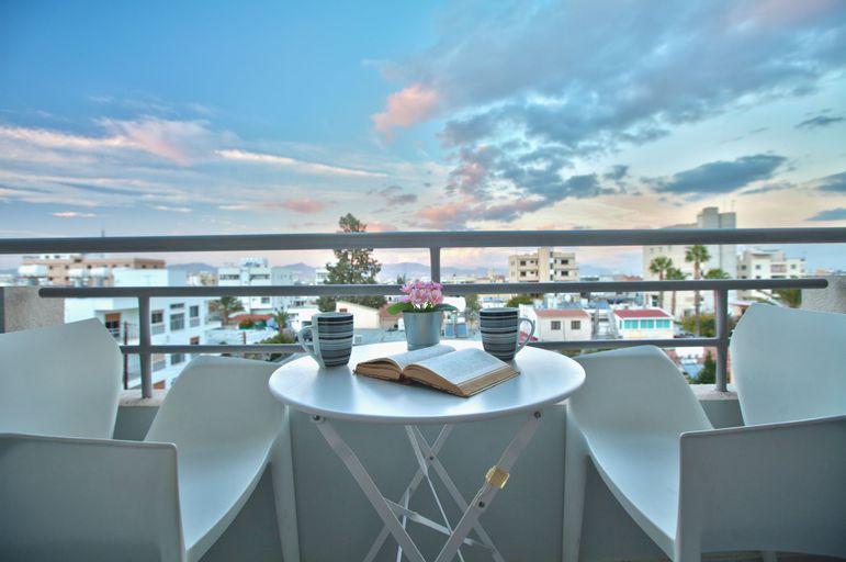 Myrtiana Apartments,