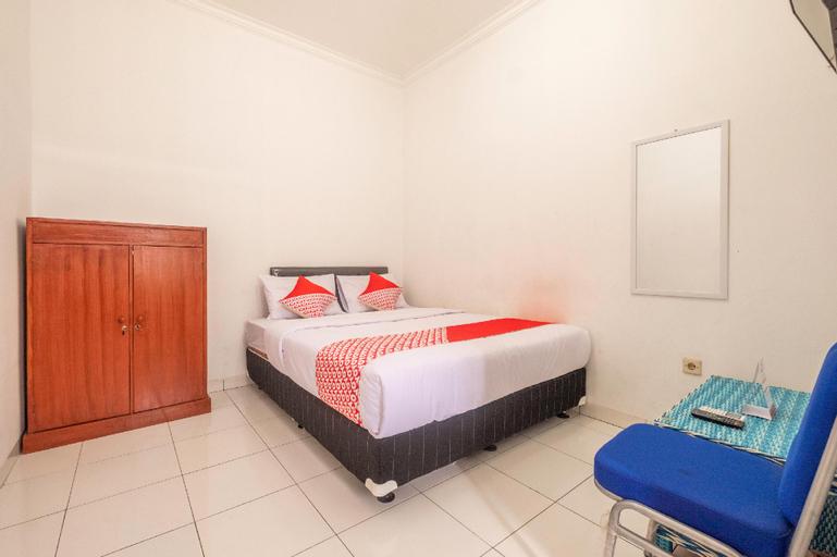 OYO 2418 Sutanto Guest House, Bandung