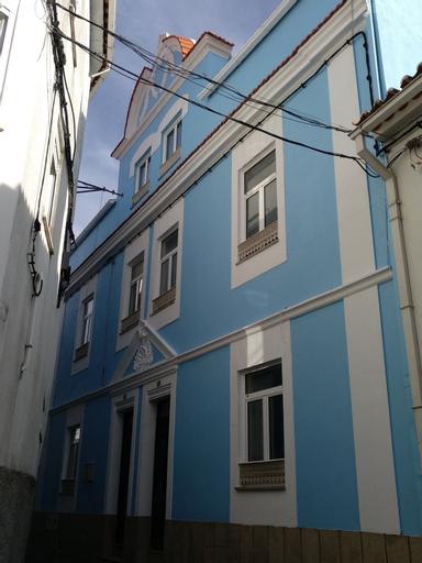 Blue Castle House, Gouveia