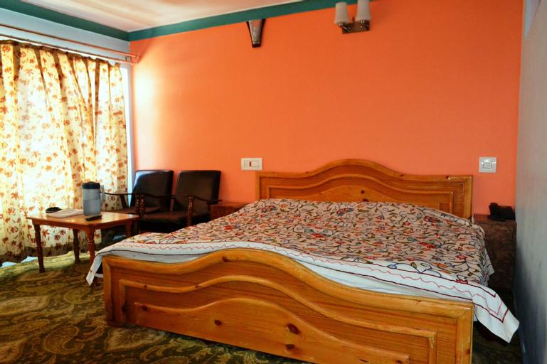 Hotel Noor Mahal, Anantnag