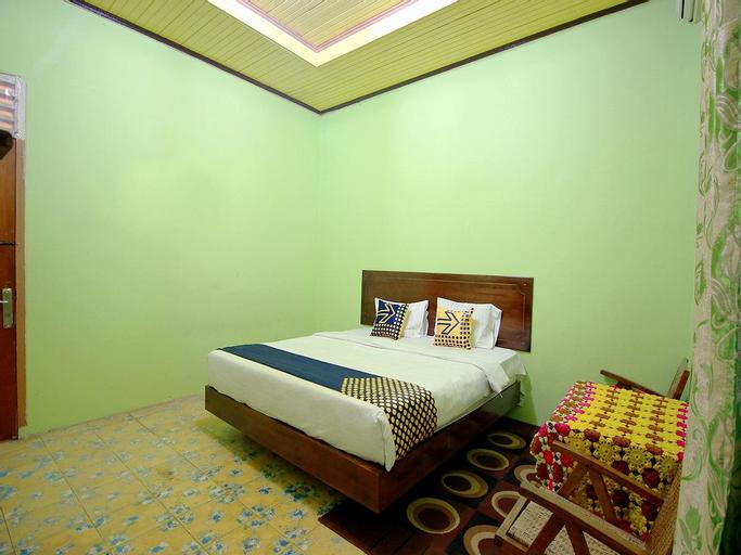 SPOT ON 2825 Hotel Mutiara, North Bengkulu
