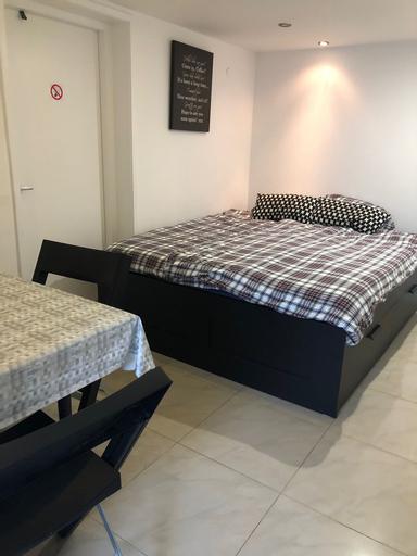 Cozy Suite Apartment Amsterdam, Amstelveen