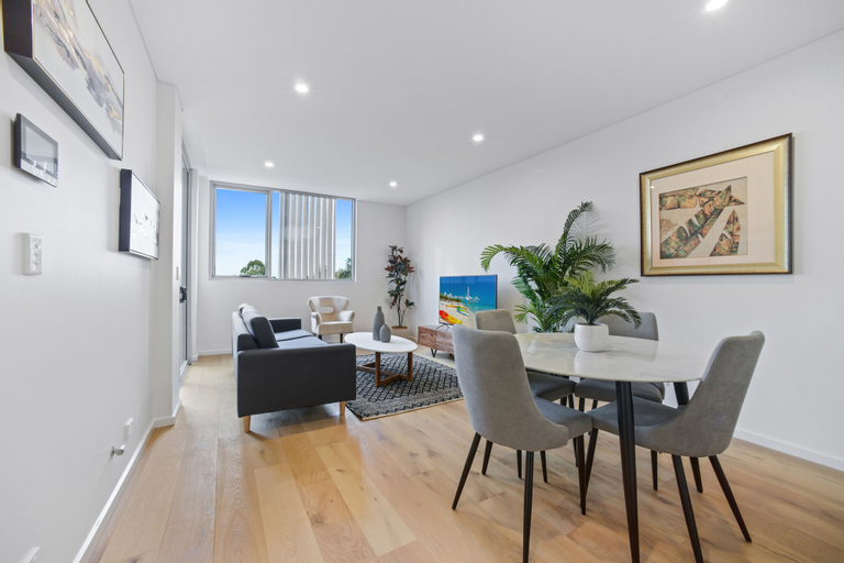 HomeHotel-Luxury and New 2 Bedroom Apartment, Burwood