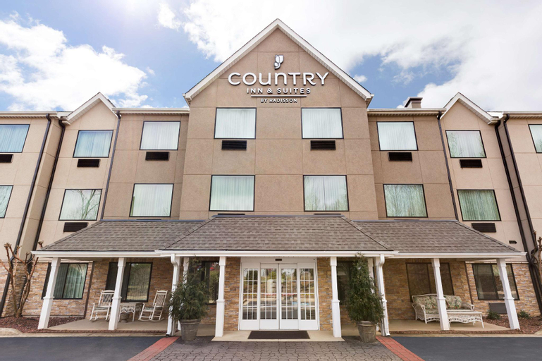 Country Inn & Suites by Radisson, Asheville at Asheville Outlet Mall,, Buncombe