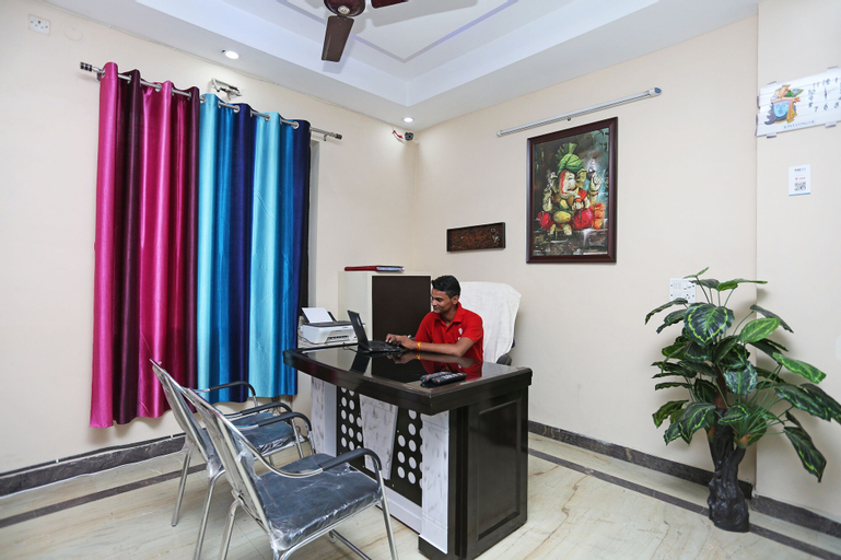OYO 9274 Homey Stay Suites, Faridabad